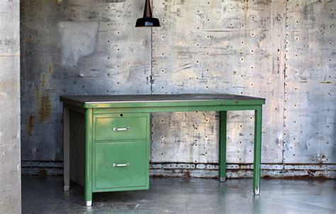 bureau vintage 馥s 50 industrieel vintage ahrend oda bureau jaren 50 groen grijs dehuiszwaluw