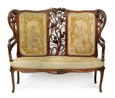 Settee Dictionary by 1000 Ideas About Settees On Chairs Armchairs
