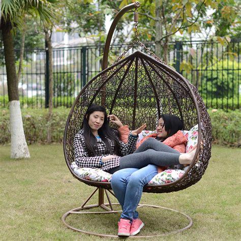chaise longue suspendue chaise longue suspendue de jardin matelas pour chaise