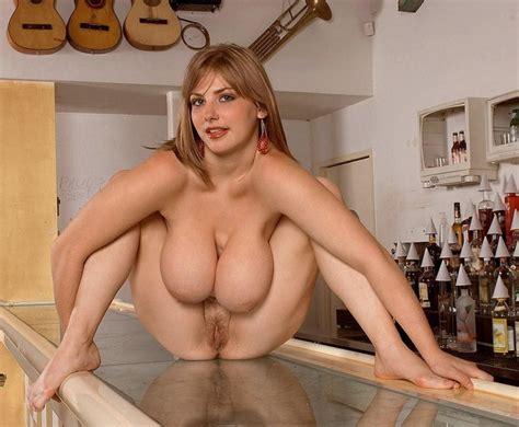 Average Naked Mature Women Next Door