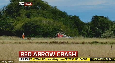 Red Arrow crash: Pilot Jon Egging dies steering jet away ...