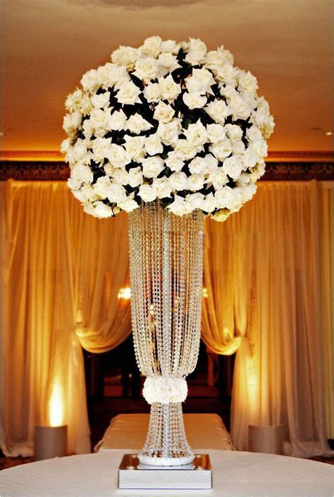 Chandelier Centerpieces For Weddings