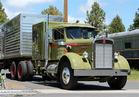 antique kenworth trucks 1000 images about big rig 39 s on pinterest peterbilt
