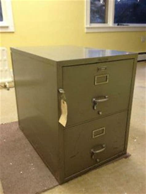 locksmithing shaw walker fireproof file cabinet shaw walker on popscreen