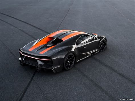 Earlier this week, top gear exclusively revealed that bugatti smashed through the 300mph barrier. 2021 Bugatti Chiron Super Sport 300+ - Rear Three-Quarter ...
