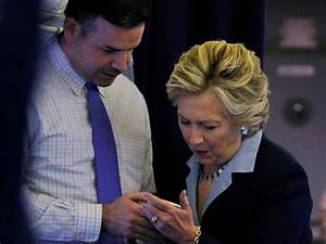 Hillary Clinton campaign blindsided by 'Breitbart effect ...