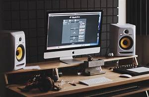 9 Essentials For Setting Up Your Home Studio
