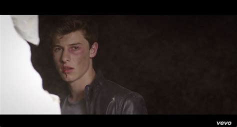 """Shawn Mendes Gets Seriously Beaten Up In New """"stitches"""