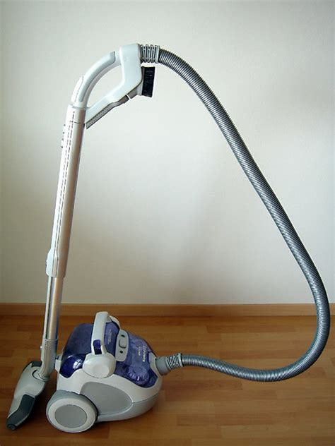 Definition Of Vacuum by Vacuum Cleaner Definition Meaning