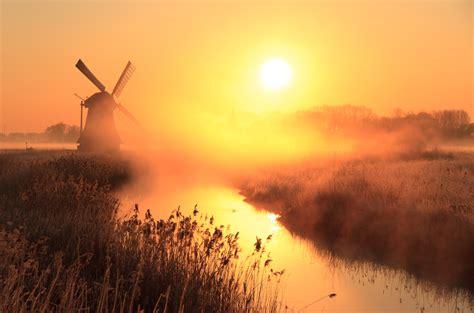 molen zonsopgang zonsondergang zon mist nevel de ark ngk maassluis