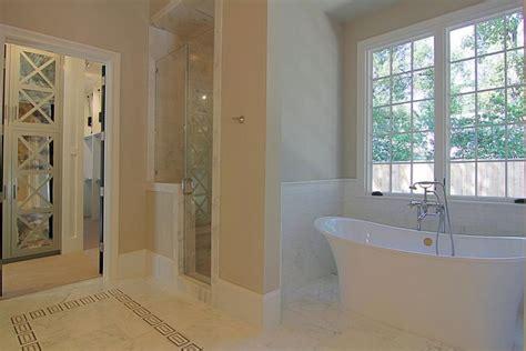 Bath Nook - Transitional - bathroom
