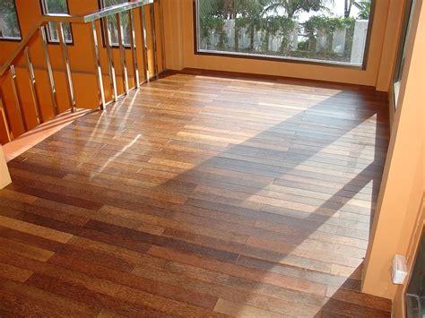hardwood floors laminate hardwood floor vs laminate homesfeed