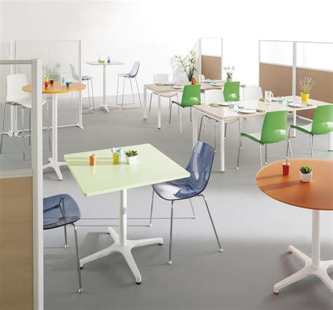 salle de bureau salle de reunion cafétéria espace détente