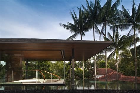 Water Cooled House By Wallflower Architecture Design