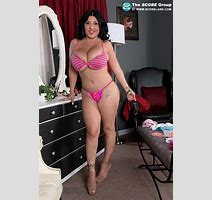 Scoreland Tits In Tight Clothing Daylene Rio Photos