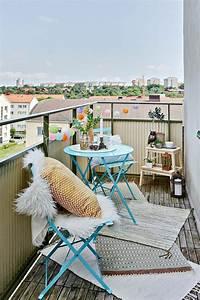 Unterschied Balkon Terrasse : kleinen balkon gestalten laden sie den sommer zu sich ein ~ Lizthompson.info Haus und Dekorationen