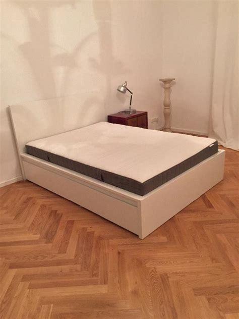 Ikea Malm Bett 140x200 Inkl Lattenrost, Matratze Und Zwei