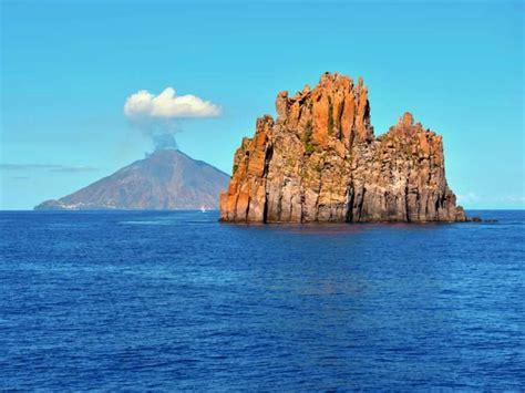 40 Stunning Natural Wonders Everyone Should See In Their ...