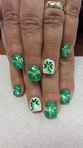st s day water marble nail