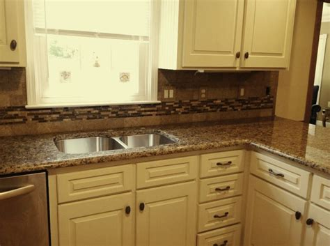 tile floor kitchen brown granite white cabinets giallo vicenza granite 4604
