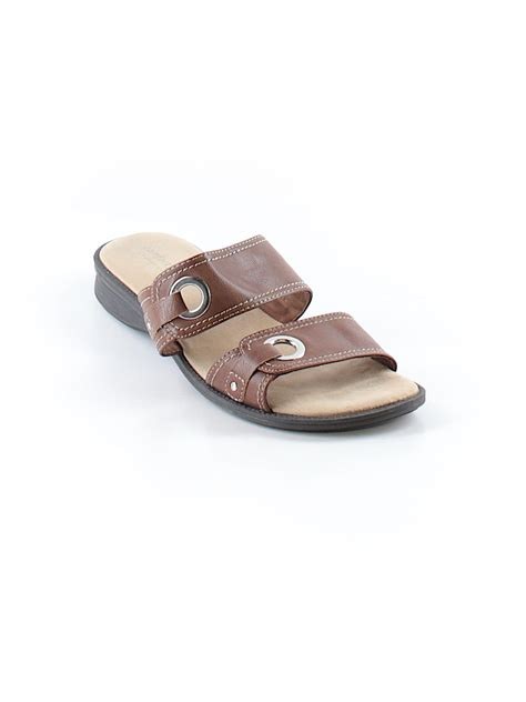 comfort plus sandals comfort plus by predictions sandals 55 only on thredup