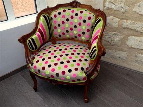 vendre un canapé les 25 meilleures idées de la catégorie fauteuil crapaud
