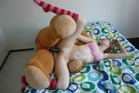 Tightly Stuffed With A Large Dog Immense Teddy Bear Fuck His Mistress