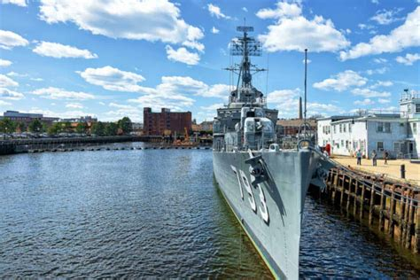 crews  naval ships  exposed  agent orange