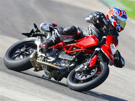 Gambar Motor Ducati Hypermotard by Ducati Hypermotard 1110 Evo Foto Ducati 1
