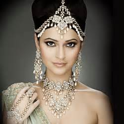 indian wedding hairstyles top fashion indian bridal hairstyles photos and