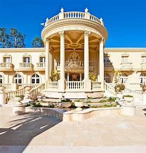 Multi Million Dollar House Property Backyard Luxurious