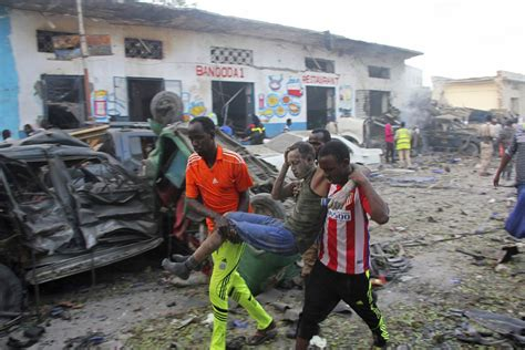 siege auto cars somali troops end hotel siege 23 dead as wave of violence