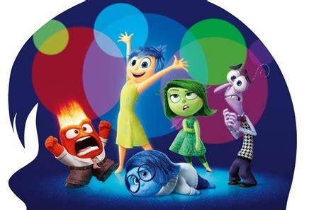 pixars   debuts   trailer buzzhub