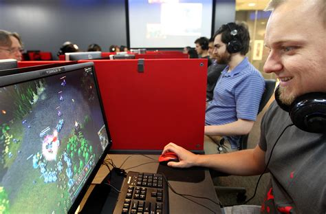 China Tencent/riot Games Dominating Pc Gaming Industry