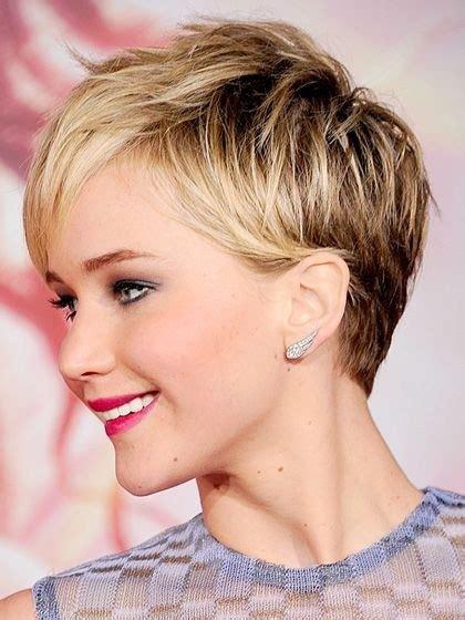 pretty short layered hairstyles  women  pretty