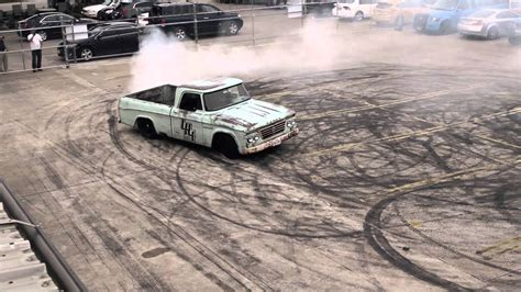 Gas Monkey Garage Truck Builds by Gas Monkey Burnouts In 44 Build S Dodge Gas Monkey