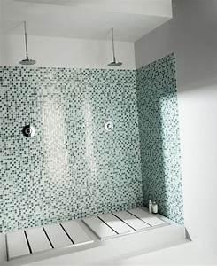 Carrelage De Douche : le carrelage douche sous toutes ses couleurs ~ Edinachiropracticcenter.com Idées de Décoration
