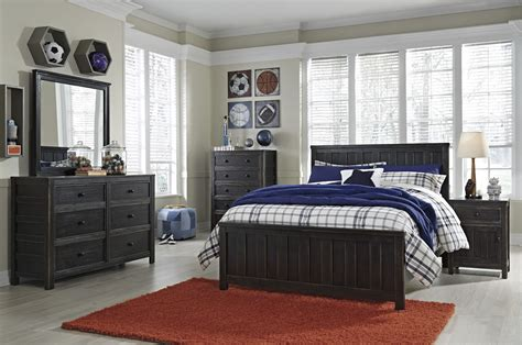 Ashley Furniture Jaysom Black 2pc Bedroom Set With Full