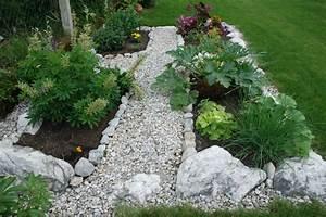 Steine Für Beete : steingarten abgrenzung ~ Lizthompson.info Haus und Dekorationen