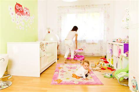 pouf de chambre déco chambre bébé toutes les astuces pour peindre une