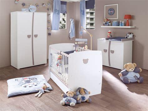 chambre autour de bebe 2009