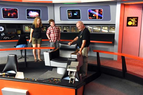 replica star treks uss enterprise boldly ticonderoga