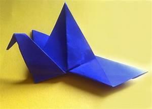 Origami Kranich Anleitung : kranich falten origami anleitung f r kinder ~ Frokenaadalensverden.com Haus und Dekorationen