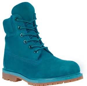 Women's 6-Inch Premium Waterproof Boots