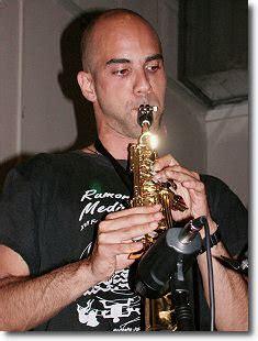 libreria voltapagina catania jazzitalia saranno famosi samyr guarrera