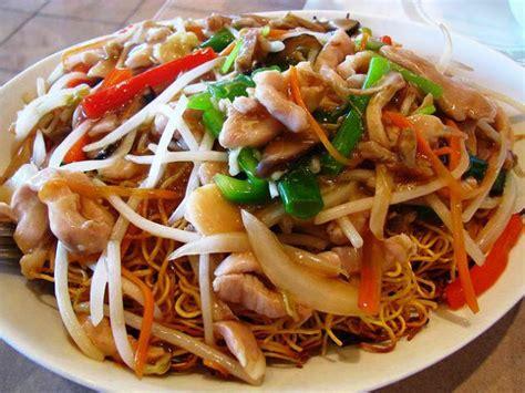 comment cuisiner des nouilles chinoises recette nouilles chinoises poulet légumes