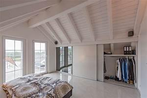 Einbauschrank Unter Dachschräge : schrank in der dachschr ge nach mass dachschr genschrank f r kleider und hifi hinten abfallend ~ Sanjose-hotels-ca.com Haus und Dekorationen