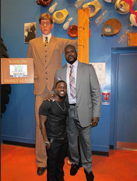 Robert Wadlow Was The Tallest Human Ever Recorded At Ft Inches Tall Sports Hip Hop Piff