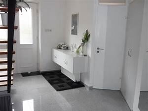 Fliesen Wohnzimmer Modern : fliesen flur modern ~ Michelbontemps.com Haus und Dekorationen