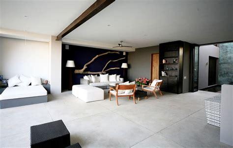 stunning    room apartment